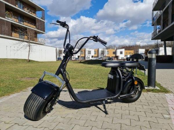 "Electric Chopper® Fekete 40km / h modell: ""LT-018"""